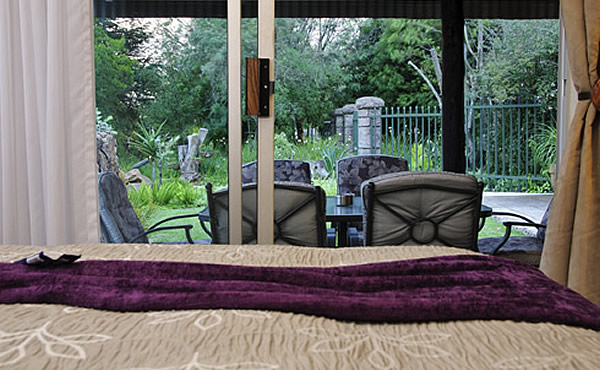 Guest House Accommodation Specials at Country Park, Muldersdrift